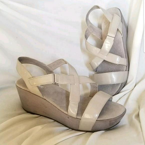 edba34652f12 Antelope Shoes - Antelope platform sandal 41 10.5-11 US gray patent